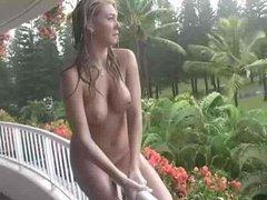 Gorgeous Babe Masturbates On Balcony