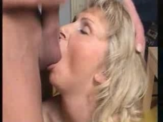 Porno Video of Mom Loves To Blow And Swallow