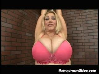 Porno Video of Samantha 38g Titty Plumper
