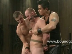 Spencer beeing fucked and sucking cock