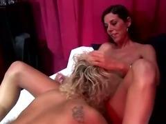 Dirty dutch prozzy gets a cumshot