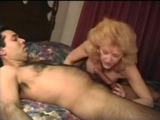 Porn Tube of Granny Kitty Foxx Fucks Fez Look Alike