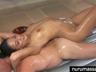 Porno Video of Sexy Pornstar Lyla Storm Gives A Great Body To Body Massage