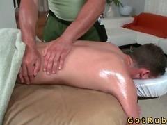 Massage turns into gay fucking