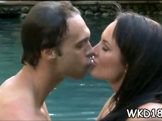 Porno Video of Pretty Man Fucks Sexy Gal