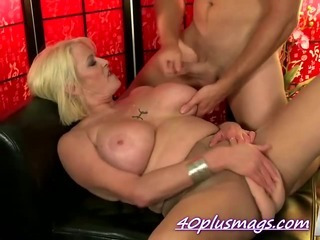 Porno Video of Cock Hungry Mature Milf