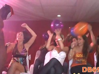 Porno Video of Horny Drunk Girls