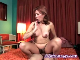 Porno Video of Hairy Divorcee Ellen Pounding