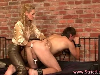 Porn Tube of Severe Femdom Fisting Blonde