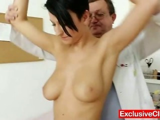Porno Video of Big Tits Brunette Nicoletta Vagina Exam By Doctor