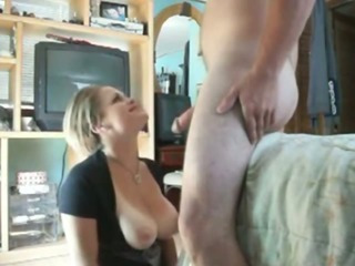 Porno Video of Busty Babe Deepthroats Boyfriend