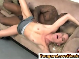 Porno Video of Horny Cougar Bitch Gets Cumshot After Being Fucked
