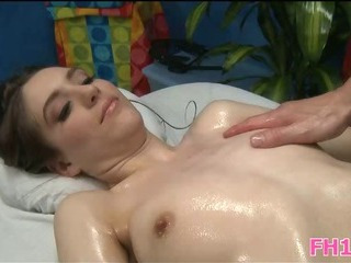 Porno Video of Super Sexy 18 Year Old Cutey