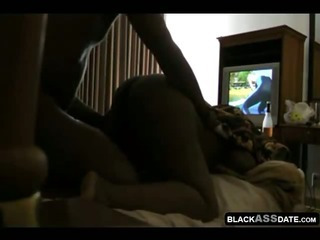 Sex Movie of Chubby Amateur Black Couple Home In Bed