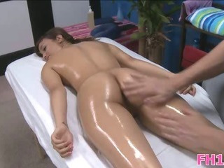 Porno Video of Gorgeous 18 Year Old Cuteie
