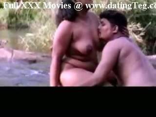 Porno Video of Indian Mallu Sex In River Side