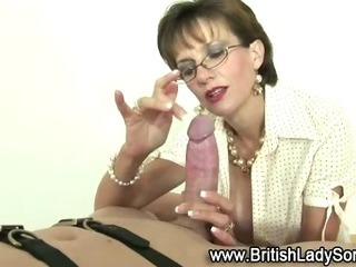 Porn Tube of Femdom Dirty Mature Brit Sucks Off Loser
