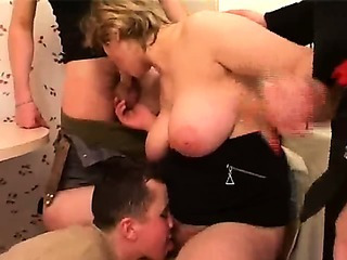 Porno Video of Mature Hair Alina