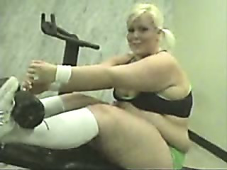 Porn Tube of Bbw Chick Working Out