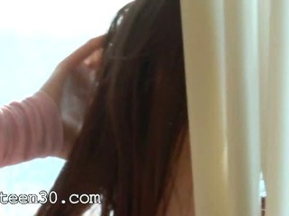 Porno Video of Petite Teenie Rubbing The Clit