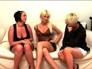 Porno Video of Bunch Of Cfnm Sluts Get Jerking On Some Old Skool Hippy