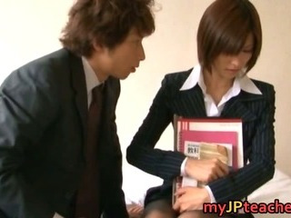 Porno Video of Akari Asahina Hot Japanese Teacher Hunts