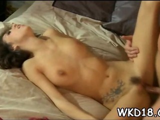 Porno Video of Guy Licks & Bangs Snatch