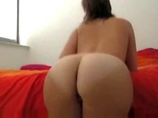 Porno Video of Djgeorgia Teasing Her Big Ass