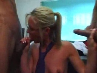 Porno Video of Milf Mature Secretary