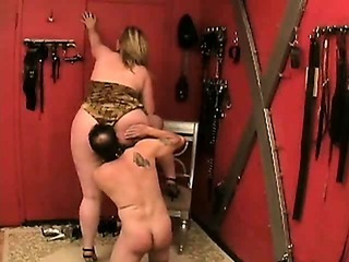 Porn Tube of Amazon Bbw Asslicking