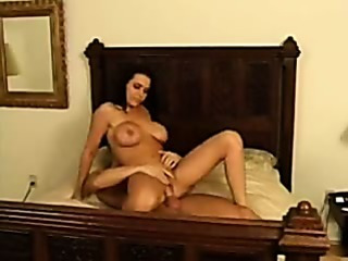 Porno Video of Anjelica-american Built