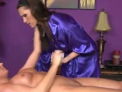 Pussy eating lesbian masseuse