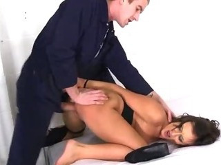 Porno Video of Pretty Teen Gets Nailed
