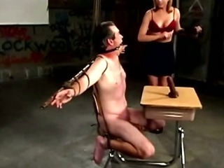 Porno Video of Prodomme Is Ruling Over Her Submissive