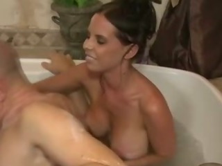 Porno Video of Slutty Massage Loving Hoe Gives Hot Handjob
