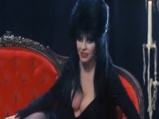 Porno Video of Cassandra Peterson - Elvira Mistress Of The Dark