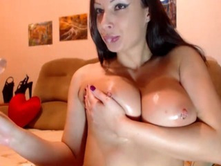 Porno Video of Pierced Pussy And Tits Squirting Babe Hd