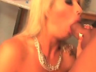 Porno Video of Luscious Brooke Haven Milf Gets Licked And Banged