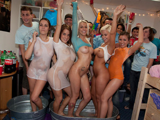 Porno Video of Group Of Sexy American Students Are Filming Their Wet Tshirt Contest
