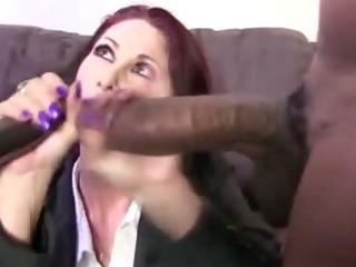 Porno Video of Interracial Mature Bitch Sucks On Cocks