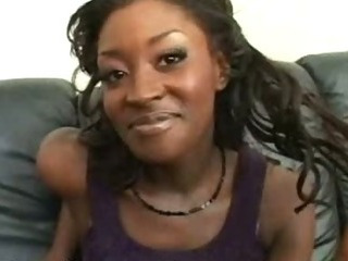 Porno Video of Guy Gifts Hot Ebony Thick Jizz