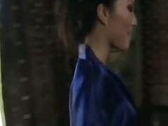 hot Asian babe gives erotic massage