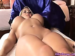 Porno Video of The Perfect Girl On Girl Massage Session