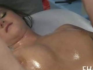 Porno Video of Slim Teen Fucked Well