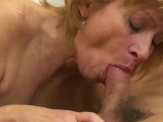 Sex Movie of Hairy Mature Snatch Fucked