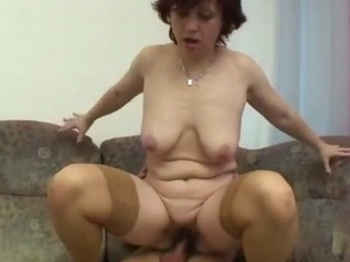 Sex Movie of Granny Gets Her Hairy Pussy Stretched