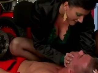 Porno Video of Femdom Fetish Dude Deprived Of Air