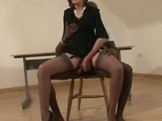 Porno Video of Mature British Slut Blindfold Blowjob Action