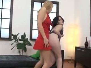 Porn Tube of Hardcore Fist Love Between Twenty Girls