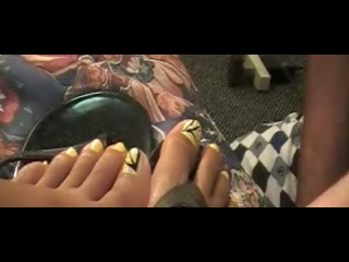 Porno Video of Lady R Foot-worship From Toes And Soles Productions Com